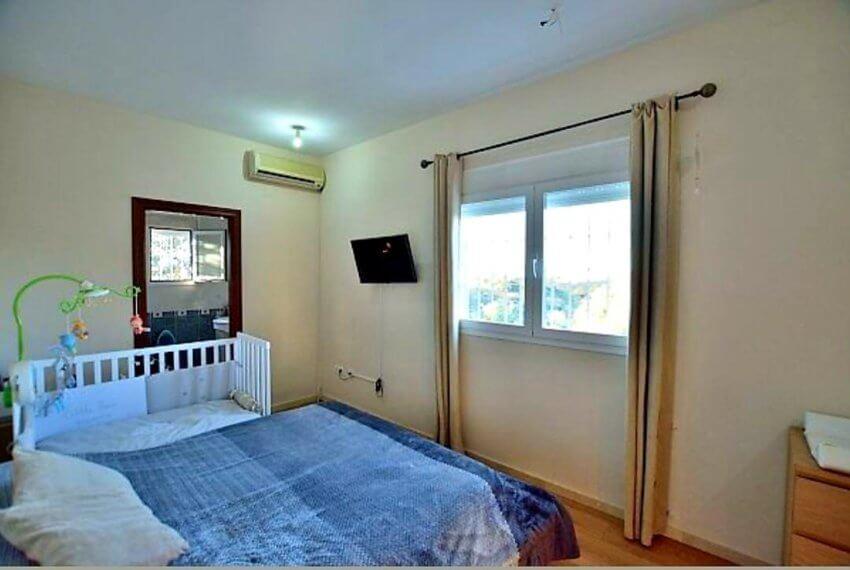 Moderner Wohnkomfort in traumhafter andalusischer Landschaft-07