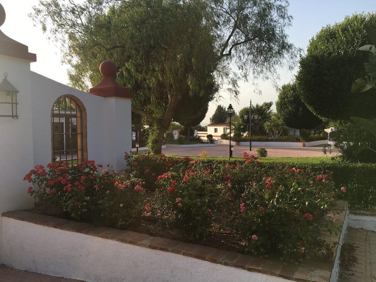 Andalusisches Landhaus mit Restaurant und Pferdestall