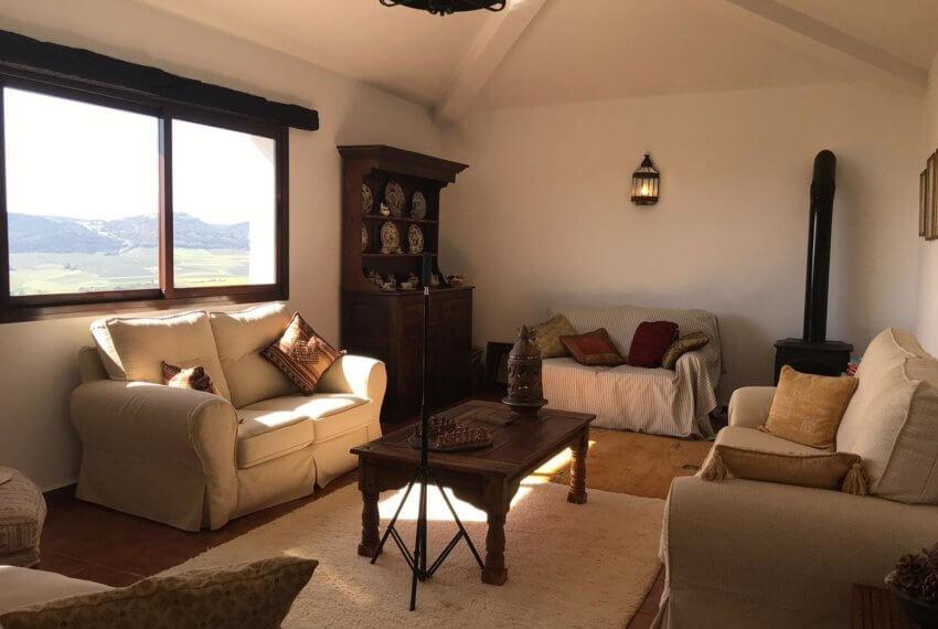 Fincas Andalucia - Ronda - Wunderschöne Finca mit herrlicher Aussicht auf die Berge von Grazalema