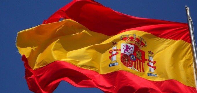 Muss ich Resident sein, um in Spanien ein Haus zu kaufen?